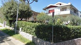 Villa castiglioncello 2 unita piu terreno edificabile