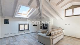 Moderno attico in centro città