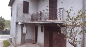 Casa a 2 piani in vendita