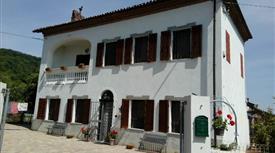 Villa nelle colline del monferrato