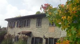 Cascina del 1700 tra le colline del Monferrato