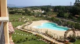 Porto san paolo trilocale vista mare piscina