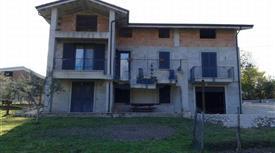 Villa con giardino a  contrada porchera s.n.c