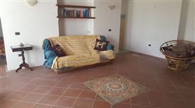 Casa indipendente in vendita in via Isabella Chiodi, 12