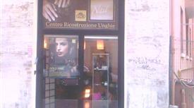 Re di Roma, San Giovanni negozio C1