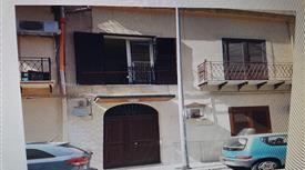 Appartamento zona ospedale civico/policlinico