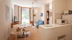 Grazioso appartamento con giardino in villetta a schiera
