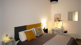 Camera matrimoniale ad uso singola con bagno condiviso - San Giovanni, Zona Re di Roma
