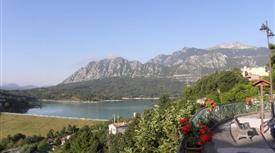 Casa in montagna con lago