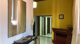 Vendo/affitto immobile (per uso abititativo o ufficio) al centro di lagonegro a prezzo negoziabile