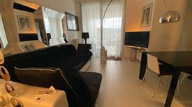 Esclusivo Appartamento Pesaro Vista città mare