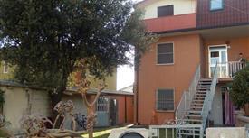 Appartamento COMPLETAMENTE ARREDATO.