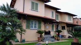 Villa unifamiliare via del Campo, Seravezza