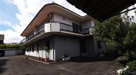 Casa indipendente con ampi spazi