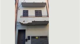 Casa indipendente in vendita in via Francesco Cilea, 12