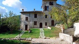 Casale/cascina in affitto in località Località Località Sustrico, 13
