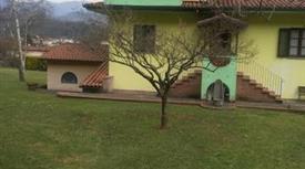 Casa Indipendente  in zona Bolognana a Gallicano in Vendita