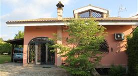 Privato vende Porzione di Villa bifamiliare