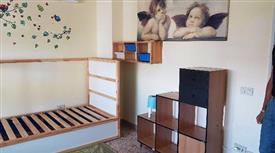 Camera singola per studenti in luminoso appartamento