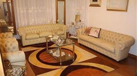 Appartamento e box in vendita a residence signorile 150.000 €