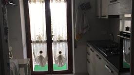 Appartamento via Cisternense 2-8, Lanuvio