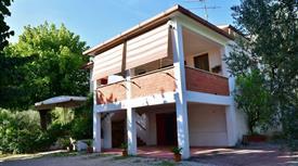 Casa Indipendente in Vendita in Via Perasacco 3 a Villa Santo Stefano
