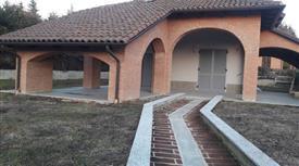 Villa in Vendita in Via Giacomo Matteotti 1 a Castelletto Monferrato