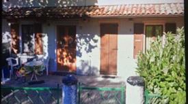 Villa in vendita a Toano 90.000 €