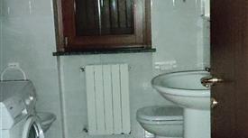 Vendo appartamento in villa San Bassano Cr