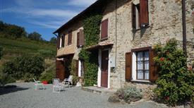Casale e vigna in Monferrato