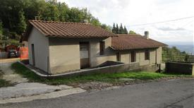 Casa indipendente in vendita in via dei Nardini
