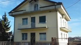Casa indipendente in vendita in via Panza, 110, San Salvatore Monferrato 280.000 €