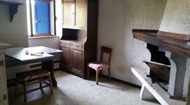 Appartamento mansardato caratteristico in palazzina di 3piani