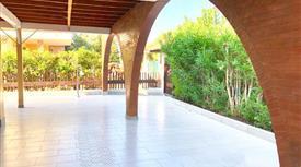Villa in vendita in viale Ionio, 5