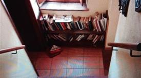 Casa Bifamiliare, Trifamiliare in Vendita in Via Guglielmo Marconi 14 a Pescaglia