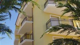 Piano terra con giardino ingresso indipendente 245.000 €