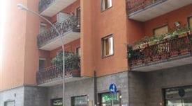 Appartamento con box auto in zona centrale