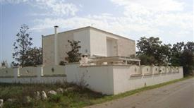 Villa Strada Provinciale 16 13, Cisternino      € 300.000