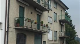 Trilocale con annesso terreno a Cantù (Co)