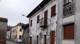 Casa Indipendente in Vendita in Piazza Vittorio Emanuele II a Calliano