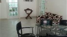 Appartamento  ammobiliato  con box a Siena