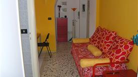 Appartamento luminoso via casilina 961 tra via alssandino e togliatti + box