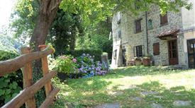 Casa indipendente in vendita in Località San Pellegrino al Cassero, 45 Sambuca Pistoiese