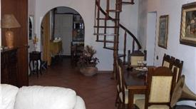 Villa via di Serragrande, Rosignano Marittimo