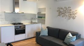 4+4 appartamento completamente ristrutturato sito al terzo piano