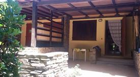 Villetta a Schiera in Vendita in via Punta Negra 25 a Stintino