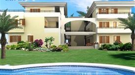 Appartamento in complesso residenziale con piscina € 95000