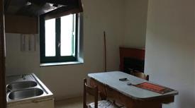 Appartamento 5 locali 25.000 €