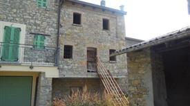 Rustico terra-tetto a Guglieri di Farini (PC)