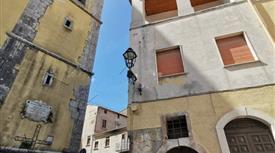 Appartamento piazza Umberto I 15, Bagnoli Irpino € 120.000